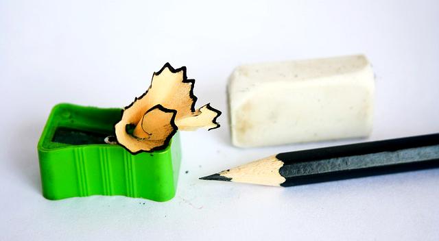 lápiz y goma de borrar